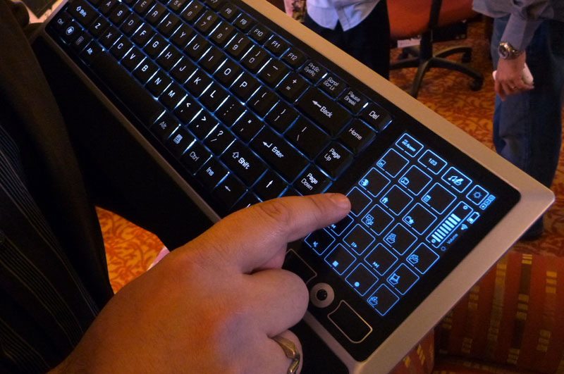 wireless-backlit-kb